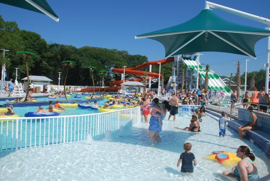 Ocean Lakes Family Campground Sandy Harbor S Adventure Lazy River Features A Lounge