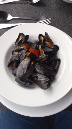 Penarth, UK: Fresh mussels