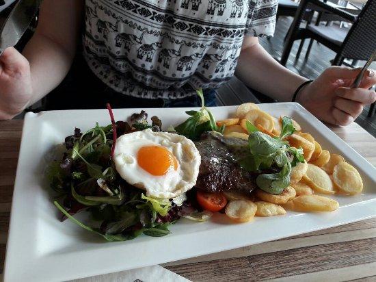 Deak Restaurant: 20160718_150525_large.jpg