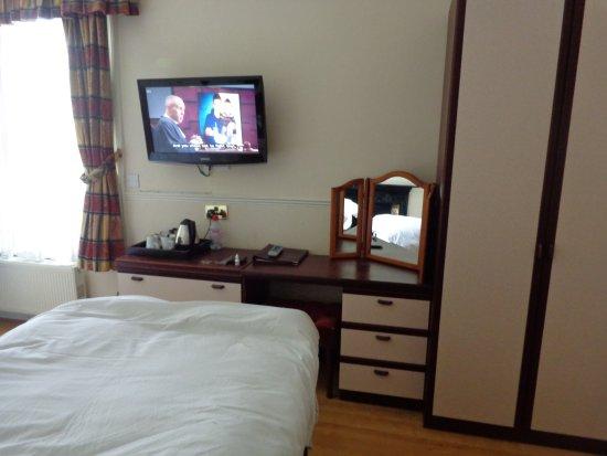 Glenlyn Hotel Picture