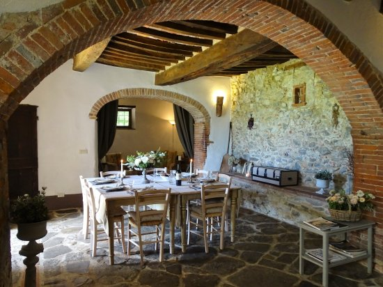 Podere Pievina: Ground floor living room