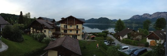 Hotel Seegasthof Stadler: Lake Attersee, a view from my room