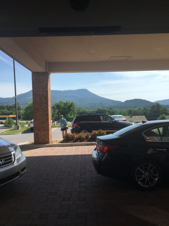 Fairfield Inn & Suites Roanoke Hollins I-81: photo0.jpg