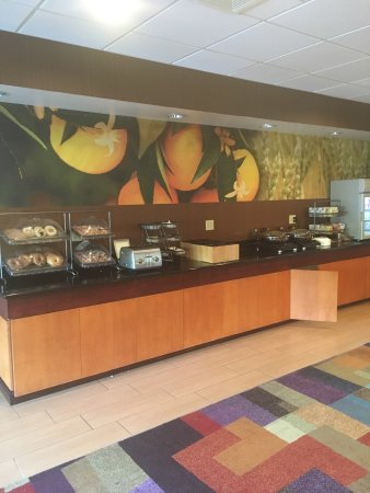 Fairfield Inn & Suites Roanoke North: photo2.jpg