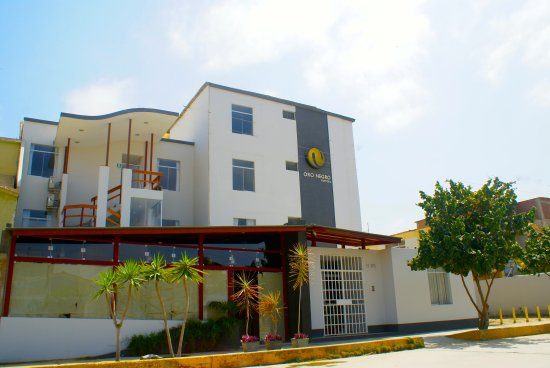 Oro Negro Talara Hostal & Restobar