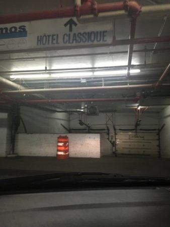 Hotel Classique: Parking