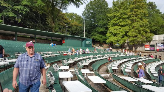 Chastain Park Amphitheater: All seats have a great view