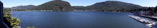 Ponte Tresa, Switzerland: Vue panoramique de la chambre sur le lac