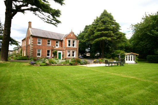Broomhouse Farmhouse
