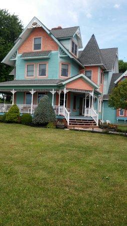 Kelleys Island, Ohio: 20160718_103554_HDR_large.jpg