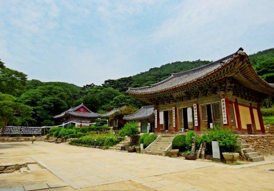 Jeondeungsa Temple