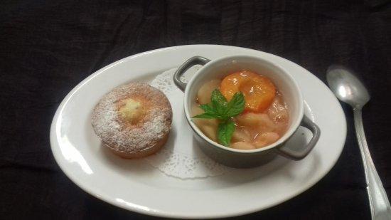 L'Entre-Temps: marmelade de pèche et abricot , gâteau au yaourt
