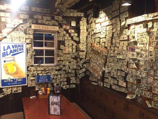 Wakefield, RI: Stick your bill !