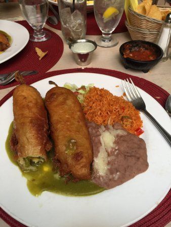 Peppers On The Plaza: Chile Rellenos