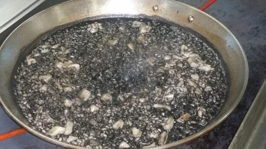 Torreblanca, Spanien: arroz negro
