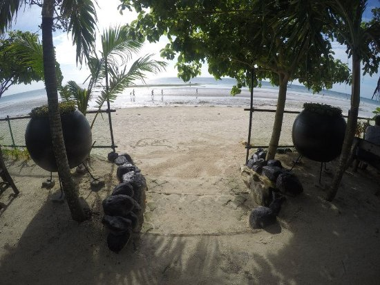 Dumaluan Beach Resort 2: beach view