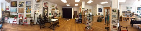 Bancroft, Canada: Great Space at our Studio/gallery