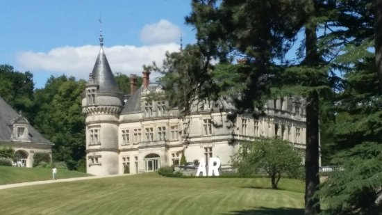 Chateau de la Bourdaisiere: 20160716_162343_large.jpg