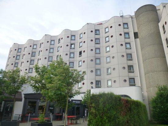 vue arri re picture of ibis strasbourg centre historique strasbourg tripadvisor. Black Bedroom Furniture Sets. Home Design Ideas