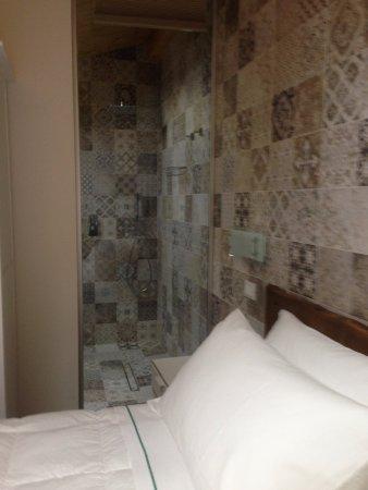 Schlafzimmer Dusche | Schlafzimmer Mit Je Nach Wunsch Sicht In Die Dusche Picture Of