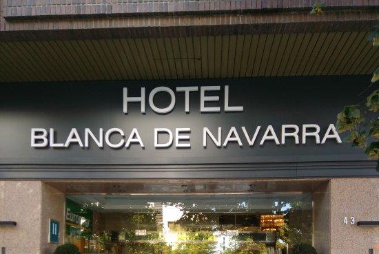 Hotel Blanca de Navarra: Entrada principal