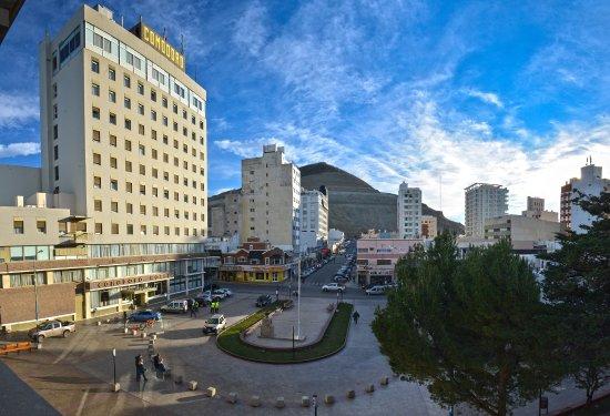 Comodoro Hotel: Frente - Ingreso