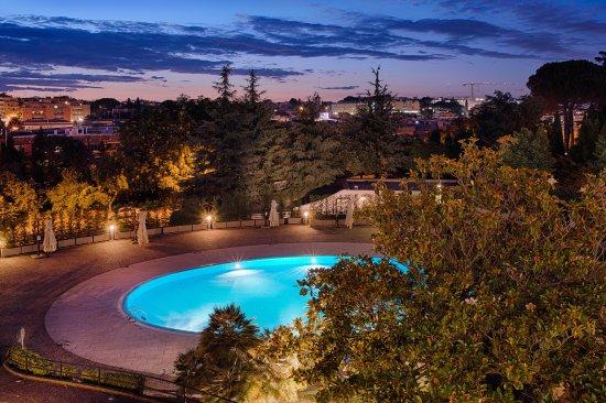 NH Roma Villa Carpegna : View