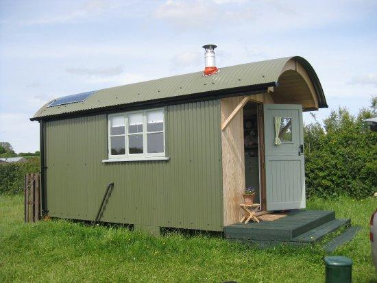 Winford, UK: Shepherds hut and camping