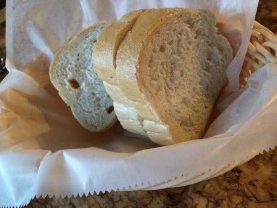 เอนดิคอตต์, นิวยอร์ก: crusty bread
