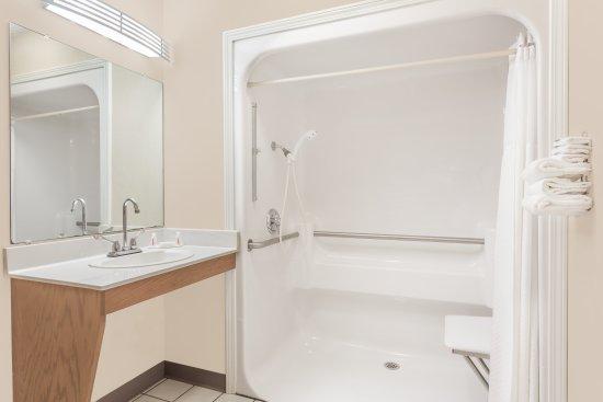Anderson, SC: Accessible Bathroom Double