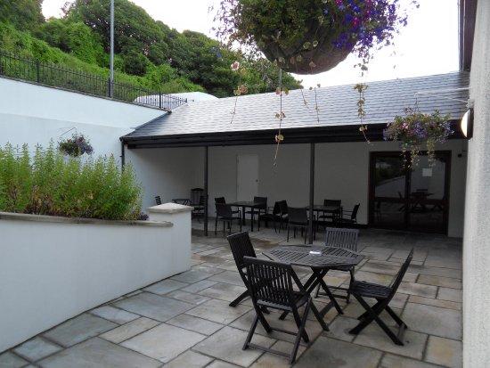 Youghal, Irland: Rear garden