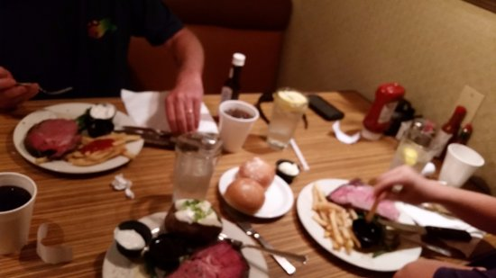 Campo, Kalifornien: Under $25 for 3 Prime Rib dinners!