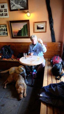 Kings House Hotel: The Climbers' Bar, a fine refuge!