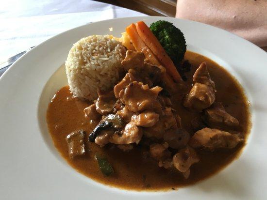 Plympton, UK: Beef Stroganoff - absolutely delicious
