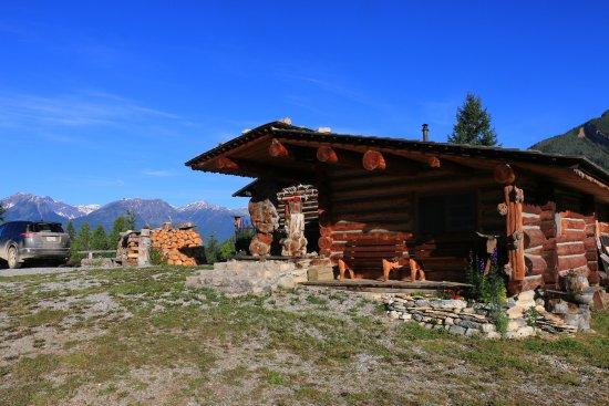 Rocky Mountain Log Chalet
