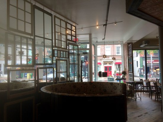Brattleboro, VT: The dining room at Duo looking out through the large windows.