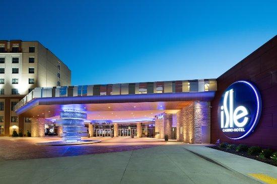 isle casino hotel bettendorf 1977 isle pkwy bettendorf ia 52722