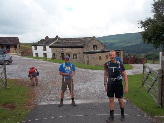 Glossop, UK: Leaving the following morning for day 2 along the Pennine Way