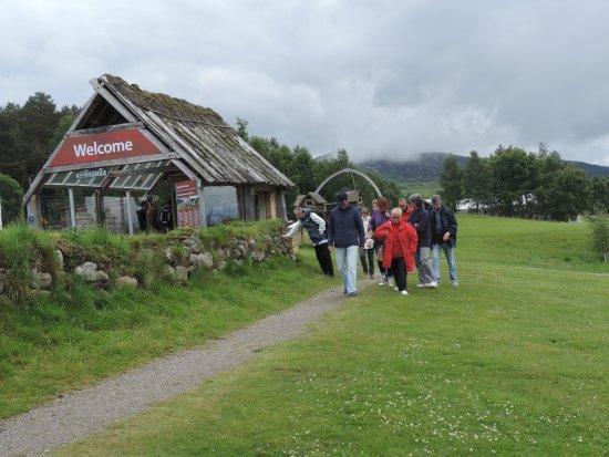 Newtonmore, UK: Départ de la visite derrière le guichet d'entrée