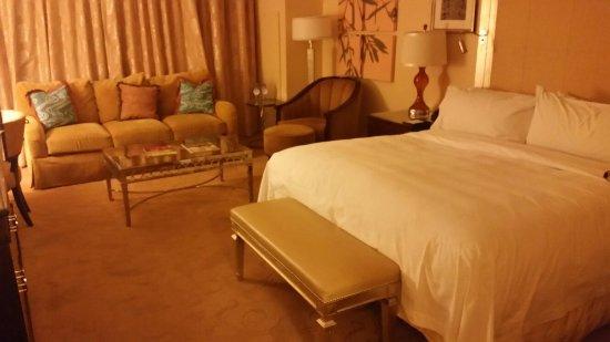 Waldorf Astoria Orlando: 20160717_232212_large.jpg