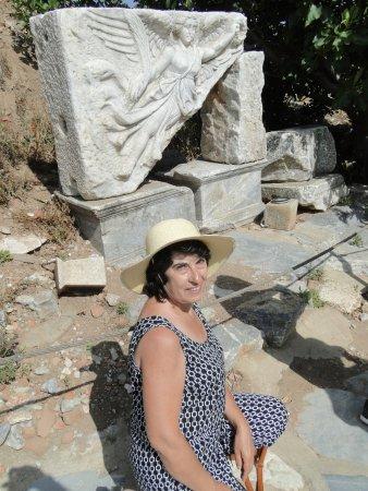Piedra de talla de la diosa Nike