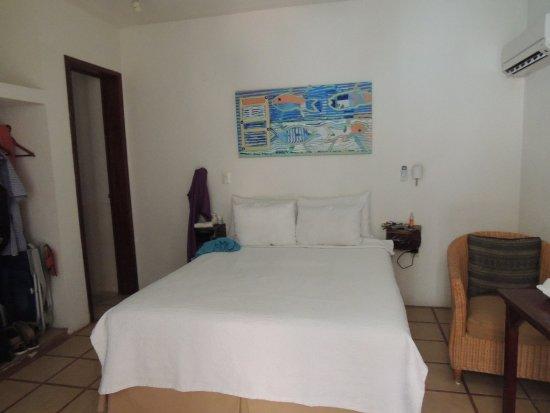 Club Yebo: fotos de la habitación y piscina