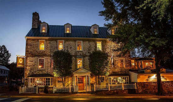 Middleburg, Вирджиния: The Red Fox Inn & Tavern