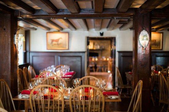 Middleburg, Вирджиния: Red Fox Tavern - Front Room