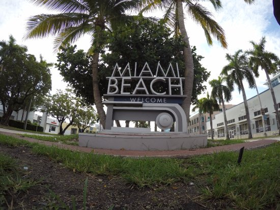 Fifth Alton Miami Beach Welcome Sign