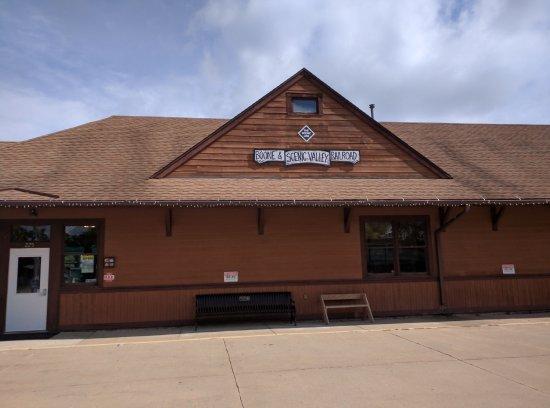 Boone, IA: Station