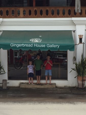Phrae, Tailandia: There's also an art/gift shop