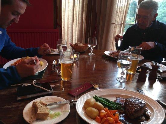 Knipoch, UK: Comedor en un ventanal con vistas al jardin