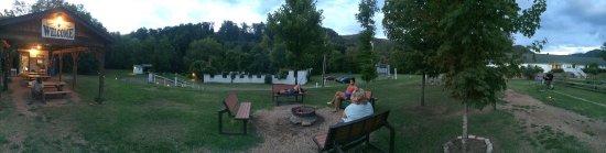 Hot Springs Resort & Spa: photo2.jpg
