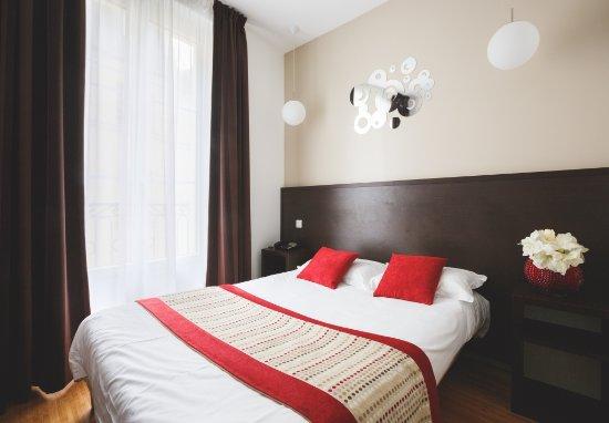 Hotel Bonne Nouvelle : Chambre Double